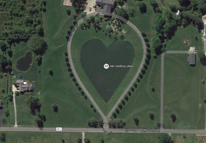 こんな絶景あったんだ!Google Earthで見る世界の珍10景