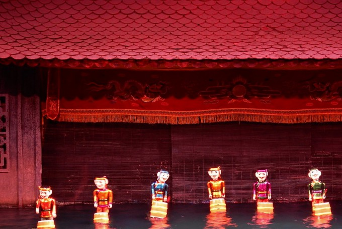 ホーチミン 水人形劇