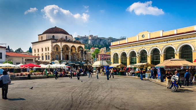 1024px-Athens_-_Monastiraki_square_and_station_-_20060508