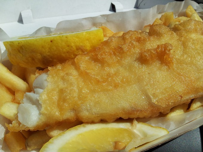 1024px-Fish_and_Chips_Ocean_Foods_Drummoyne