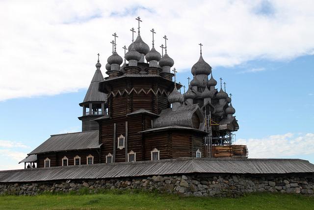 キジ島の木造教会