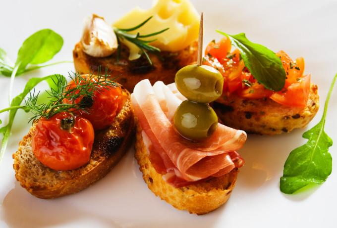 スペインバルに行ったら絶対食べたい「タパス」9選