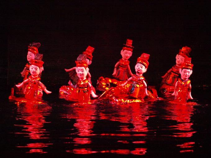 水上人形劇場