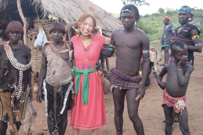 エチオピアのバンナ族と