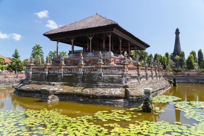 スマラプラ宮殿