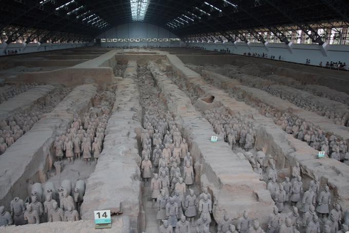 秦の始皇帝陵と兵馬俑坑(西安)