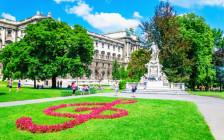 音楽の都ウィーンの観光スポット・カフェ・レストラン37選