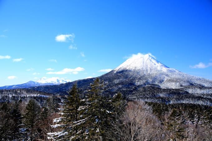 雄阿寒岳(春湖台)