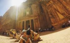 未だ7割が未発掘の古代都市「ペトラ遺跡」は7,500円払っても行くべき!