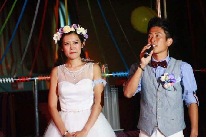 世界一周中の船上で「結婚式」が開催!予算はたったの2万円