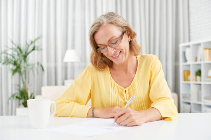 英語で手紙を書く時に使えるフレーズ25選