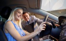 海外で車をレンタルする時に使える英語フレーズ24選