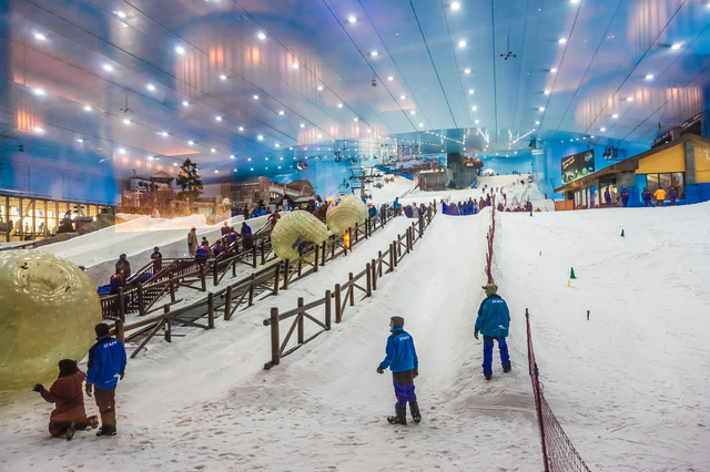 Ski Dubai is an indoor ski resort with 22,500 square meters of s