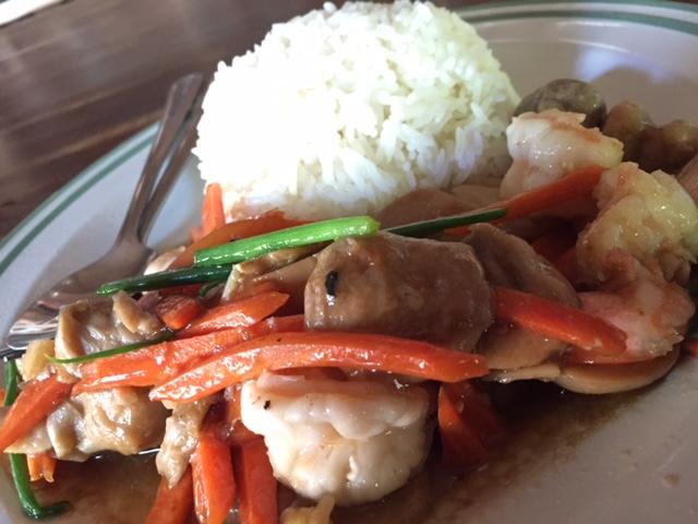 タオ島在住者がおすすめする、人気の絶品レストラン8選