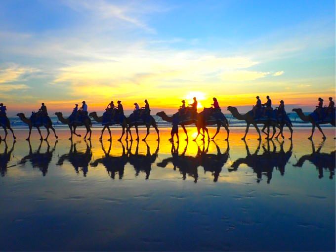 ウユニの鏡張りが見られる⁉︎ 絶景スポットが豊富なオーストラリア「ブルーム」とは