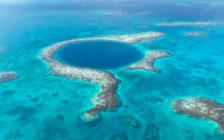 中南米ベリーズの「ブルーホール」って知ってる?大迫力のセスナで上空から見てみよう