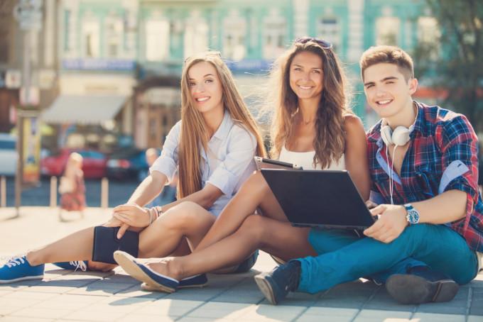 会社員だって夏休みに留学が出来る!その夢、TABIPPO×School Wthが叶えます