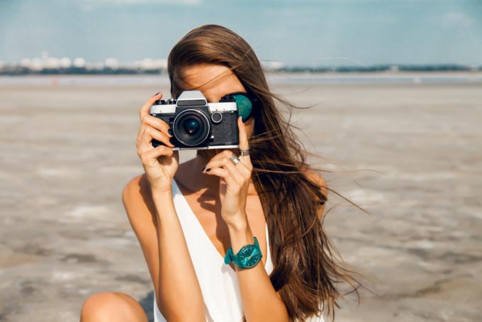 旅行もスマホカメラで十分だと思っている人に捧ぐ!今はカメラを○○○○する時代になっていた…