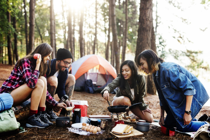 キャンプ初心者におすすめの道具と簡単レシピ