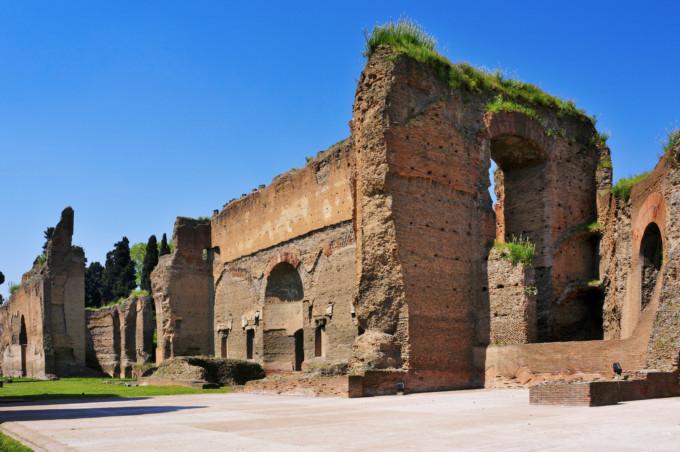 壮大な古代ローマ時代の浴場遺跡