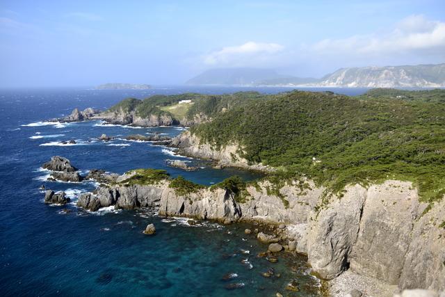 都内から3時間でいける!美しい海が広がる楽園「式根島」の魅力とは