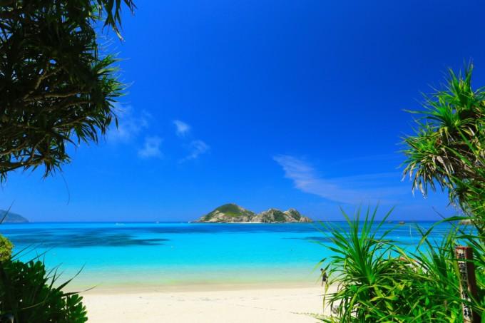 慶良間(ケラマ)諸島に行ってきた私がお勧めする抜群の透明度を誇る海ケラマブルー!