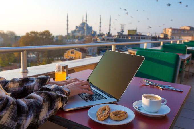 旅行中に大活躍!無料で使えるブログ執筆便利ツール5つ