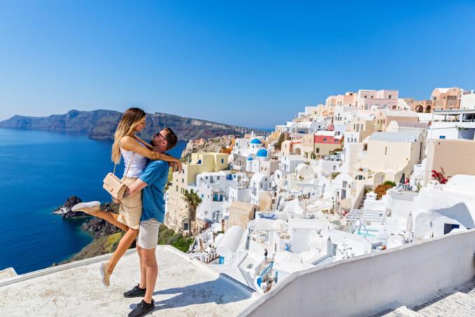 国内より海外で!新婚ホヤホヤでハネムーンに行くべき5つの理由
