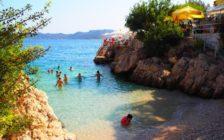ギリシャの青の洞窟まで30分!トルコのリゾート地「カシュ」は素敵な港町だった