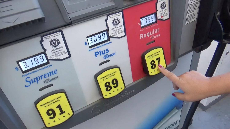 クレカは時々使えない!キャンピングカーにガソリンを入れる方法