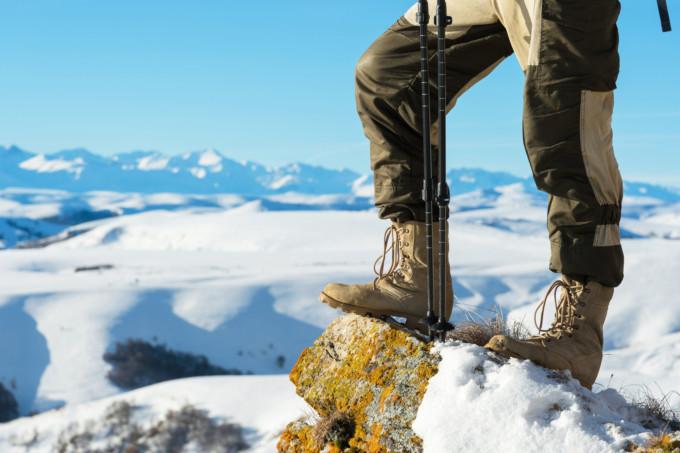 旅行におすすめの冬用のブーツ8選