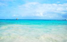 世界一のビーチはどこ?世界一周中の夫婦がおすすめする世界の綺麗なビーチ5選