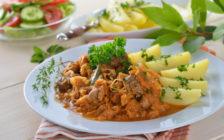 ハンガリーの代表的な料理とスイーツ11選