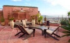モロッコでゴージャス気分を味わいたいなら「リヤドロルサ」に泊まるべき