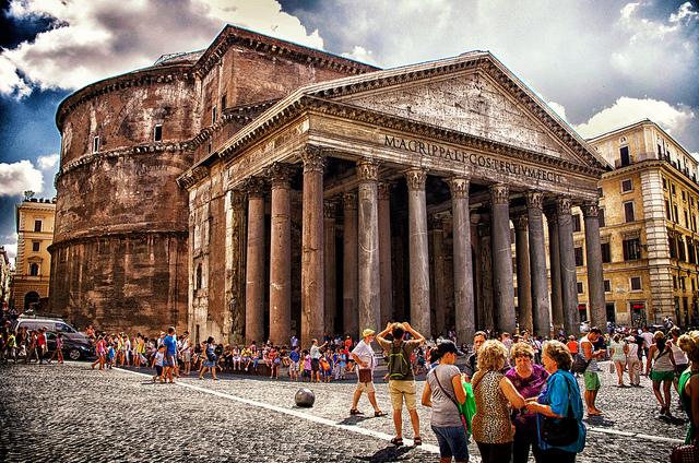 ローマ歴史地区、教皇領とサン・パオロ・フオーリ・レ・ムーラ大聖堂