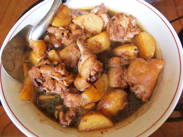 フィリピンの伝統料理Adobo(アドボ) 【美味】フィリピンに行ったら食べるべき料理5選