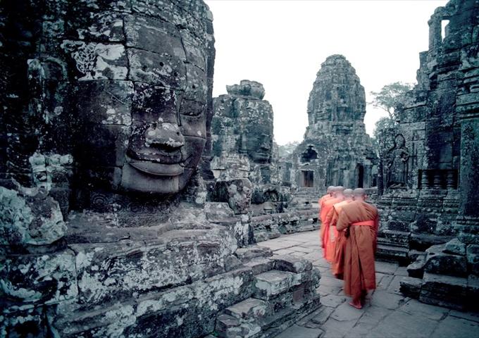 CAMBODIA-Cambodia-Bayon_R