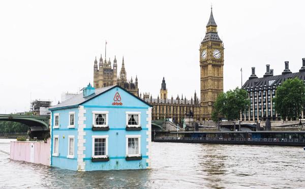 FloatingHouse1