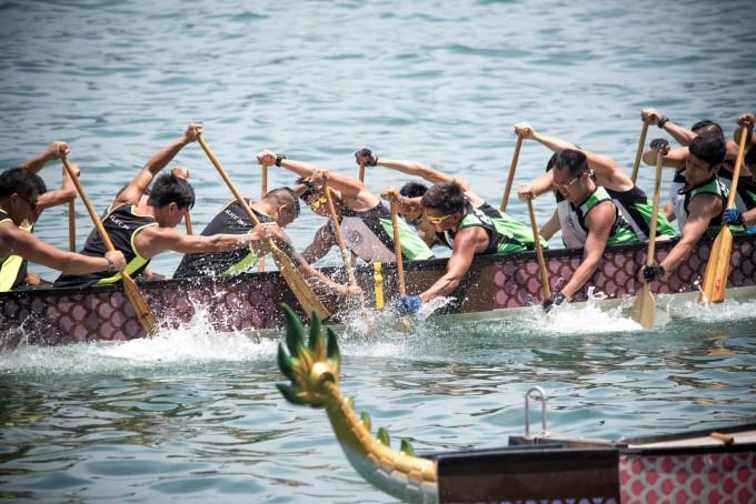 HK Dragon Boat Carnival - Race (1)