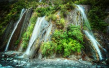 NZ Waterfalls-L