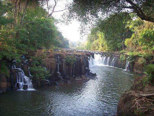Pa_Suam_waterfall