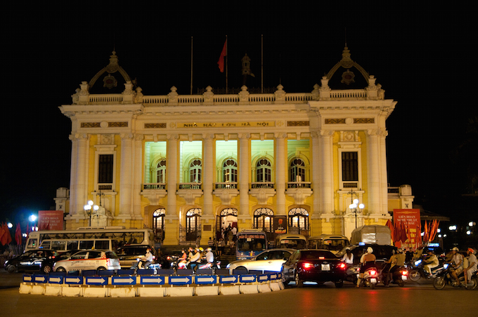 フランス植民地時代を感じられる「オペラハウス」