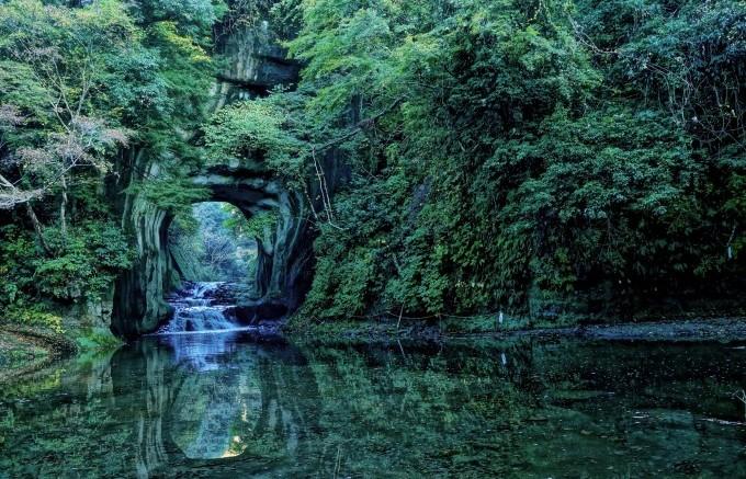 日本の絶景3、濃溝の滝