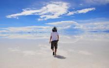 あなたも30秒でウユニ塩湖に行きたくなる!ドローンから見たウユニ塩湖の映像が美しいと話題に!