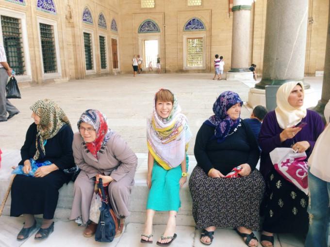s_↑★08★トルコ・イスラム教モスクにて。
