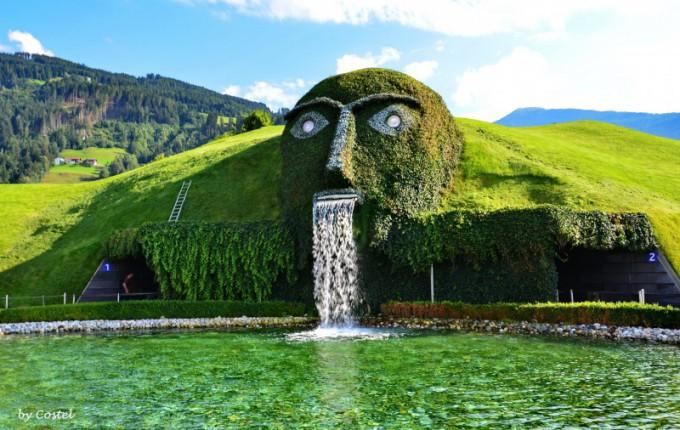 オーストリアにあるスワロフスキ...