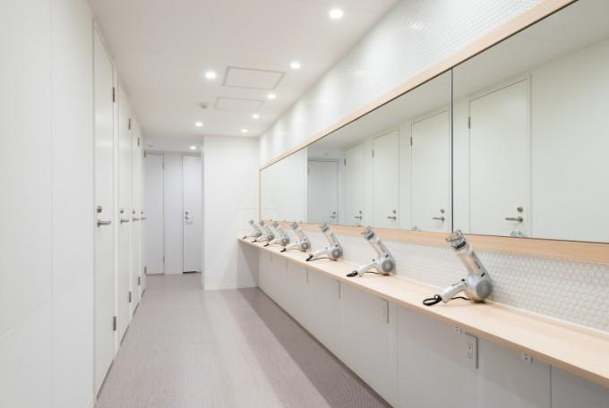 s_shared bathroom