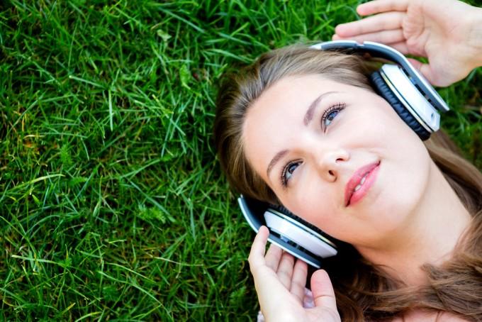 海外で「Podcast」はまだ根強い人気!英語学習で聞くべきオススメ番組5選