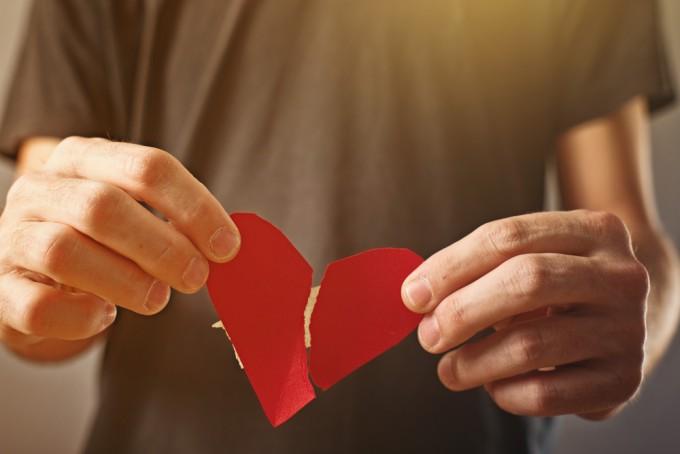 旅が「失恋」した心を癒す。励ましの言葉をもらうよりも旅に出るべき理由とは?