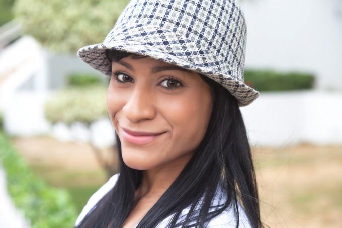 コロンビアの女性